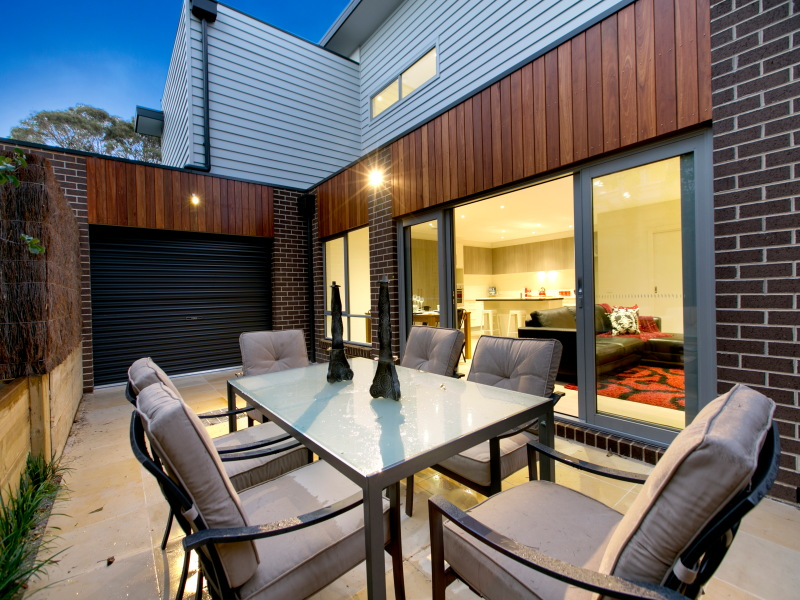 outdoor living space new build